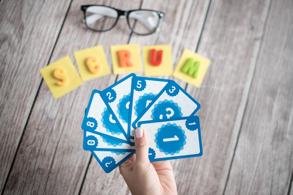 Planning Poker mit Scrum Karten